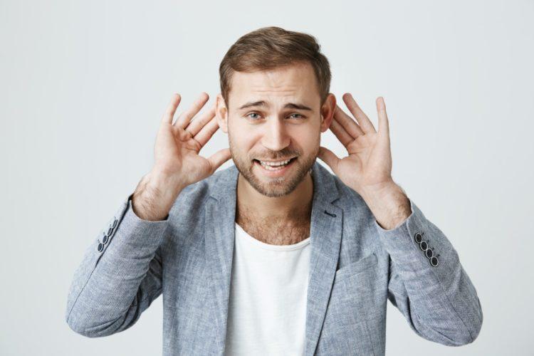 ponowna operacja odstających uszu
